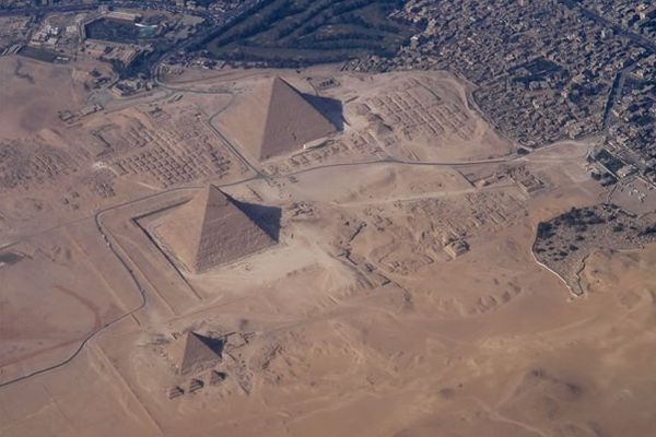 Widok wszystkich piramid egipskich z góry
