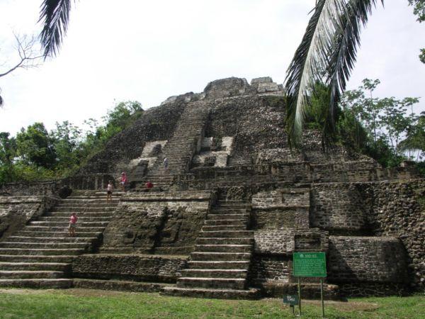 Piramida w Belize